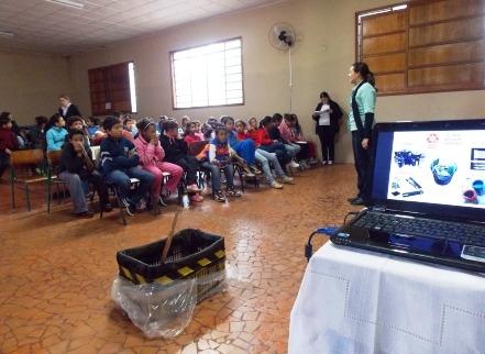 Ciclo de palestras em Porecatu conscientiza sobre cuidados com resíduos sólidos