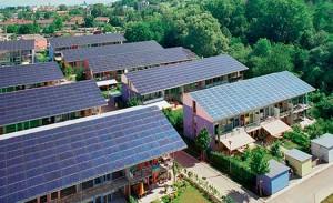 Projetado em 1994, bairro alemão produz energia solar